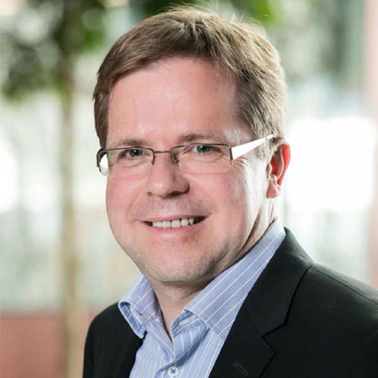 Жан-Клод Шнайдер, директор разработка на продукти с намален риск