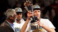 Играчите на Далас Мавърикс спечелиха титлата в НБА за първи път в историята на клуба