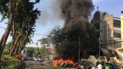 Семейство с четири деца стои зад атаките над църкви