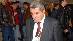 Касим Дал беше част от ръководството на ДПС до 2011 г., когато напусна партията в знак на несъгласие с Ахмед Доган