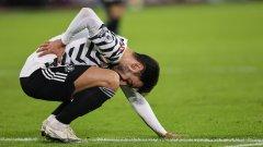 Бруно Фернандеш вече изпитва сериозни болки от постоянното носене на гръб на Юнайтед