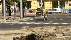 Близо 70 квартални улици също ще бъдат ремонтирани през летния сезон.