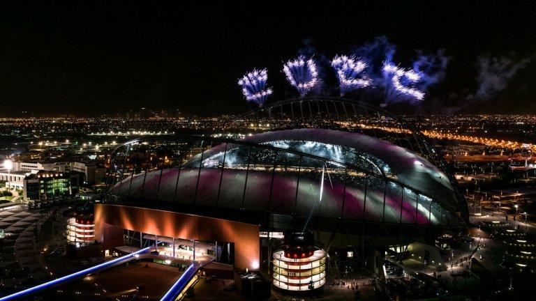 """В момента само един от стадионите за Мондиал 2022 е напълно готов – 40-хилядният """"Халифа"""" в Доха."""