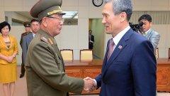 Възобновява се практиката да събират заедно семейства, разделени при Корейската война