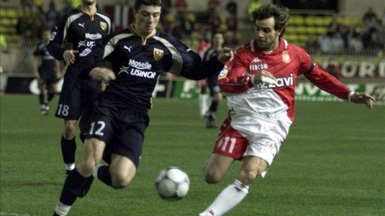Марко Симоне, мачове за Монако: 74 След като си изгради име в Милан, Симоне сформира смъртоносно атакуващо дуо с Давид Трезаге, като двамата отбелязаха общо 43 гола през шампионския сезон. Приключи кариерата си през 2004 г. в Ница, през 2011-а се завърна в Монако като треньор, след изпадането на тима в Лига 2, но бе уволнен в края на сезона. В момента е начело на втородивизионния Лавал.