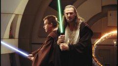 """""""Междузвездни войни""""   Фантастичната поредица на Джордж Лукас събира най-много гласове като филм, който на пръв поглед всички харесват, но за мнозина всъщност е надценен. Според много хора филмите за """"Междузвездни войни"""" са скучни. Вероятно фактът, че не следват традиционната хронология, спомага за това. За други поредиците за приключения в космоса, придружени с куп специални ефекти, не могат да бъдат образец за качествено кино."""