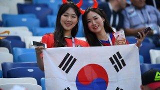 리즈 시절: Защо корейските жени са луди по Лийдс?