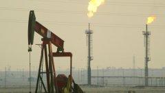 И всичко това - за да не попадне петролът в ръцете на Съветския съюз