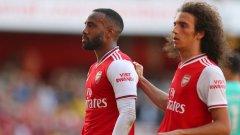 Лаказет върна Арсенал в мача в самия край на полувремето