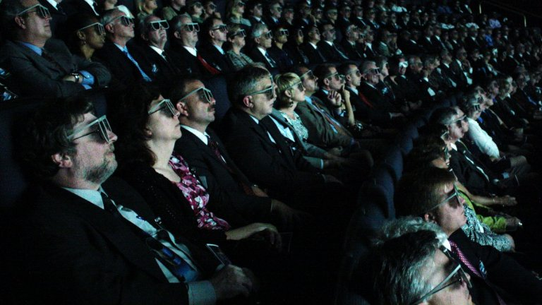 3D киното е по-скоро мъчение, но Холивуд продължава упорито да ни го пробутва.