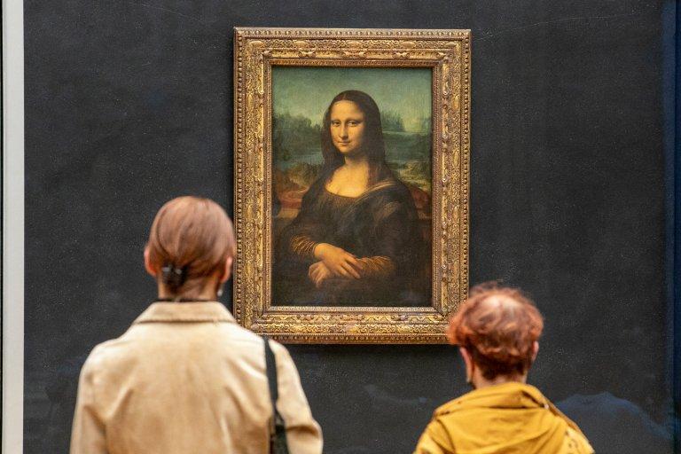 """""""Мона Лиза"""" е една от най-известните картини в света, като днес е изложена в Лувъра"""