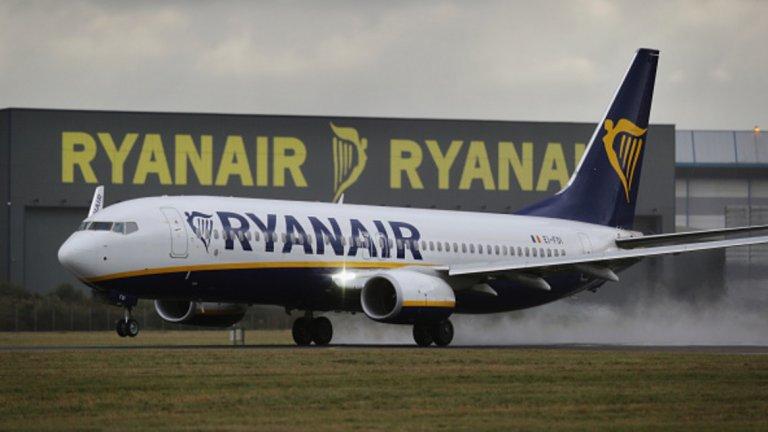 Защо пилотите и стюардесите на нискотарифния авиопревозвач стачкуват толкова често