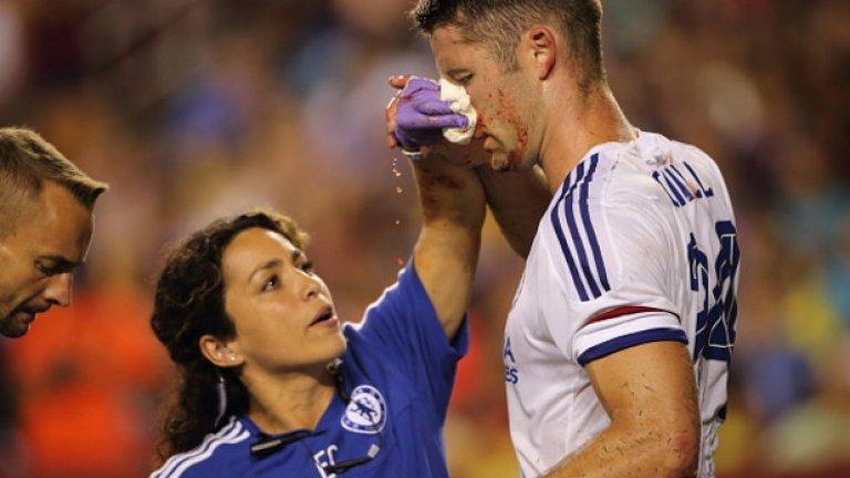 """Основният дълг на всеки лекар е да действа в интерес на пациента си - независимо от факта, че пациентът е футболист, а неговият мениджър има собствена гледна точка относно """"интересите"""" на отбора си."""