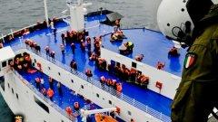 Драмата в Йонийско море продължава над 24 часа