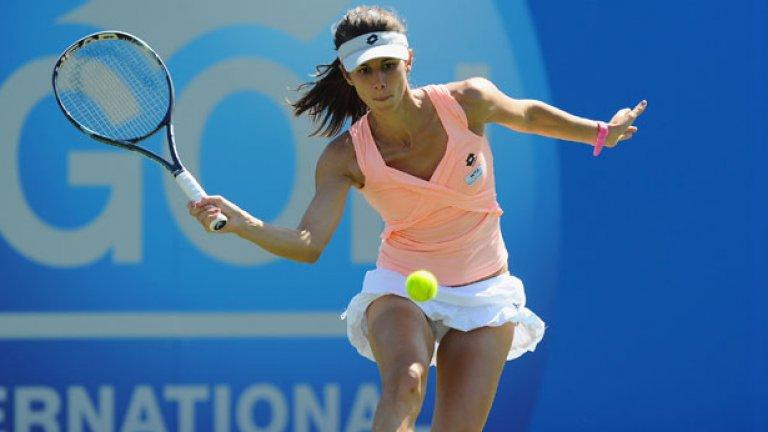 Цвети Пиронкова продължи с успешното си представяне на турнира в Уимбълдън, достигайки този път до четвъртфинал