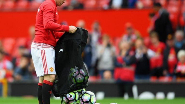Манчестър Юнайтед – Лестър 4:1: Новата роля на Уейн Рууни в Юнайтед?