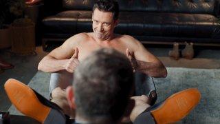 Актьорът разкрива всичко - буквално - в нова и забавна реклама