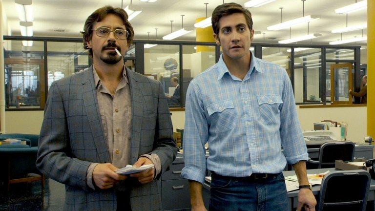 """Zodiac / """"Зодиак""""  Зодиак е прозвището на най-известния, но и неразкритдо ден днешен сериен убиец на Америка, а този филм с Робърт Дауни-младши, Джейк Джиленхол и Марк Ръфало се фокусира върху разследването на случая. Историята е заплетена, напрегната и определено поддържа напрежението у зрителя. Самото преследване ще се превърне във фикс идея за четиримата мъже, захванали се със случая - своеобразна мания, която ще превземе живота им. Наистина майсторска игра и един много интересен трилър, който си заслужава гледането. А такива, оказва се има още доста в Netflix - от култовия Seven, през Fracture с Антъни Хопкинс и Райън Гослинг, та до два от филмите за Ханибъл Лектър (също с участието на гениалния Хопкинс). Стига да се разровите, тук може да попаднете на наистина добри попадения."""