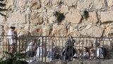 Ракетно нападение в Йерусалим след сблъсъци между израелци и палестинци