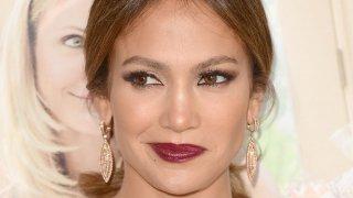 42-годишната певица и актриса е с 50 позиции намред от миналогодишната класация