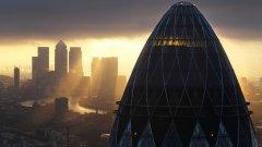 Brexit възпламени война на конкурентите на Лондонското Сити