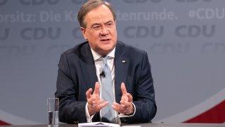 Предполага се, че Лашет е най-вероятният наследник на Ангела Меркел