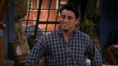 """Мат Лебланк  Култово шоу като """"Приятели"""" определено оставя следа и върху актьорите, и върху феновете. И така вече над десетилетие звездите от сериала биват асоциирани с героите си. Но най-силно това може би се наблюдава при Мат Лебланк. Той може вече да е побелял, но дори така няма как да избяга от сянката на Джоуи."""